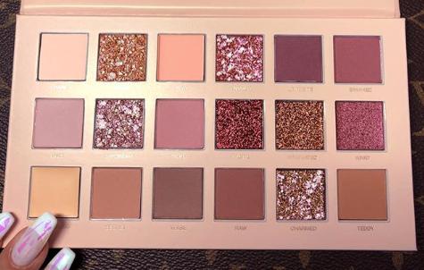 Huda Beauty verrast ons met het New Nude palette