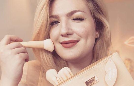 Vera Camilla x Boozyshop brush set