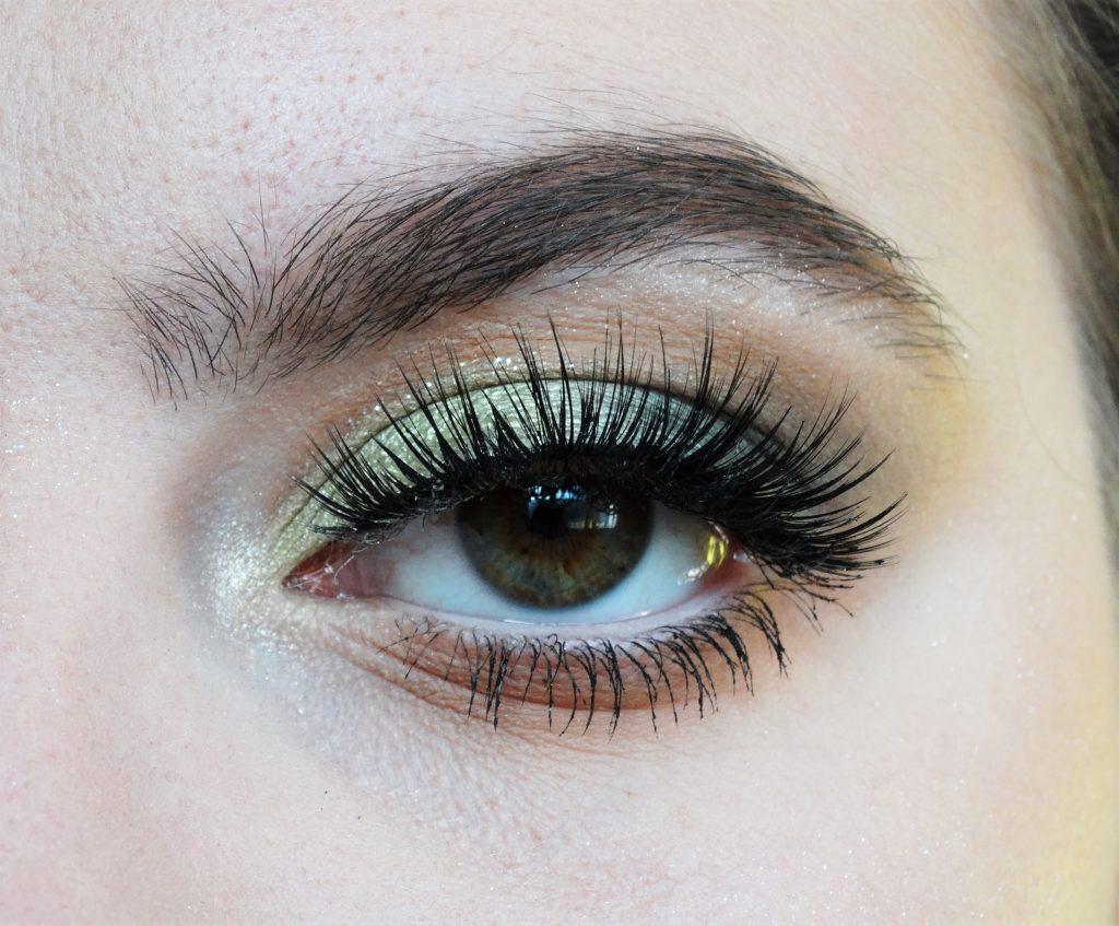 review revolution makeup oog